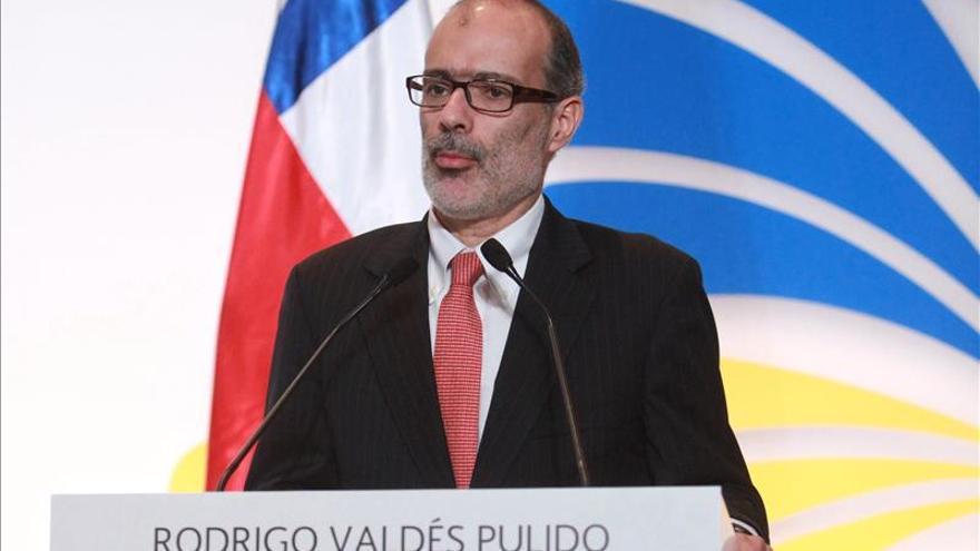 Ministro de Hacienda chileno participa en reunión de ONU sobre dineros del EI
