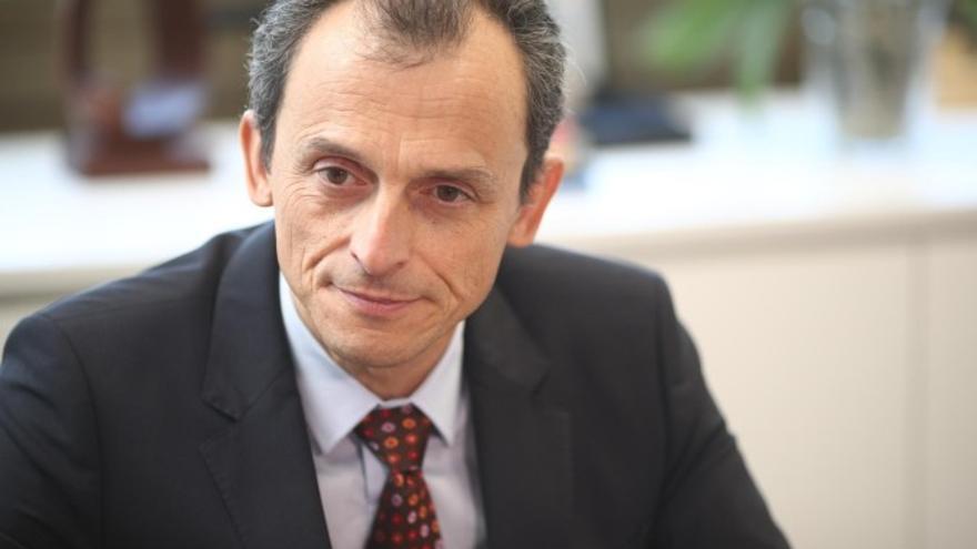 El Minstro de Ciencia, Pedro Duque