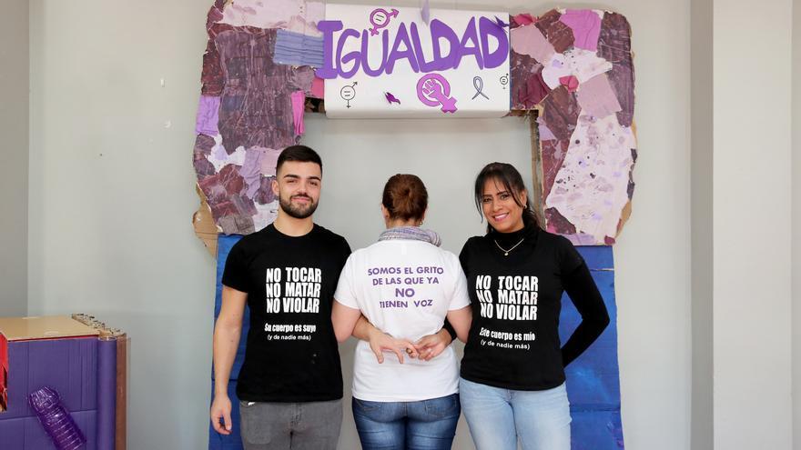 Alumnado del ciclo de Igualdad de Género del IES Lila.