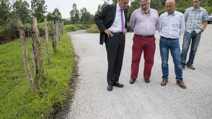 Inaugurada la reparación del camino del Pico Llano