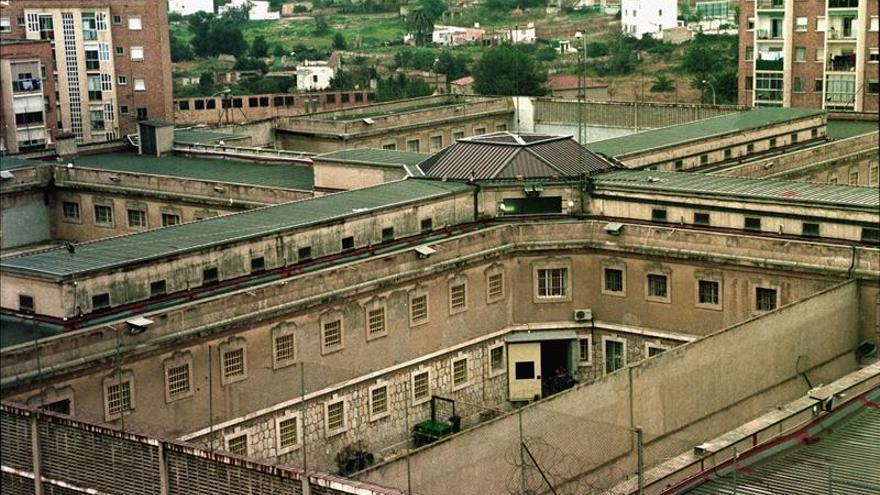 Dos presos se fugan de la cárcel de Tarragona