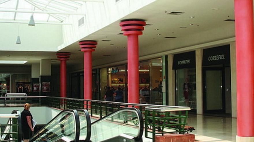 Galerías en la zona ampliada del centro comercial Alcampo-La Laguna