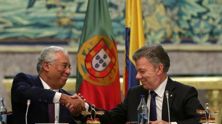 Santos, homenajeado en Portugal por su contribución a la paz en Colombia