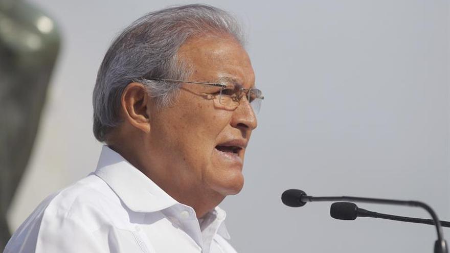 Oposición salvadoreña frena en el Parlamento emisión de bonos para seguridad