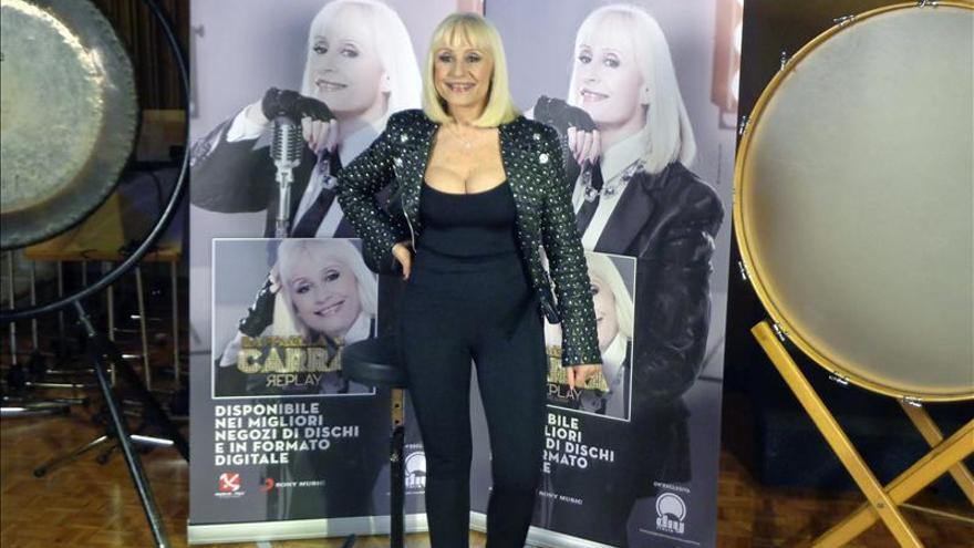 Raffaella Carrà presenta nuevo disco con 11 temas inéditos, dos de ellos en español