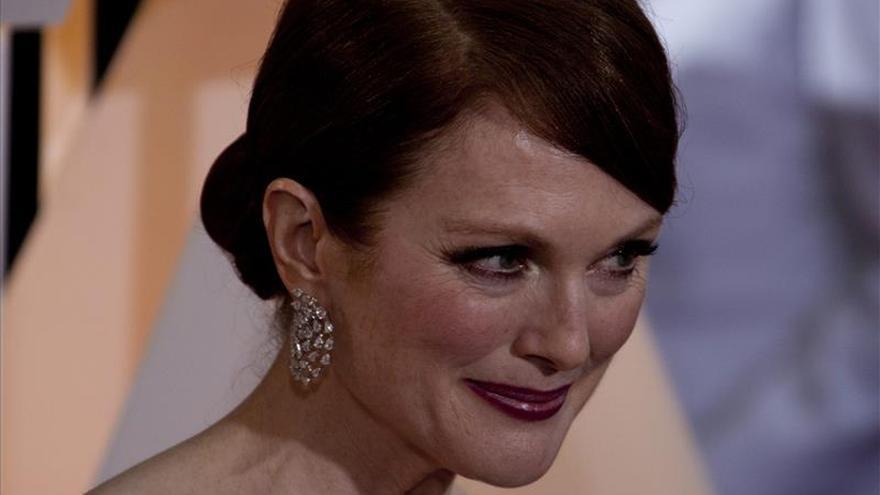Julianne Moore se lleva el Óscar a la mejor actriz