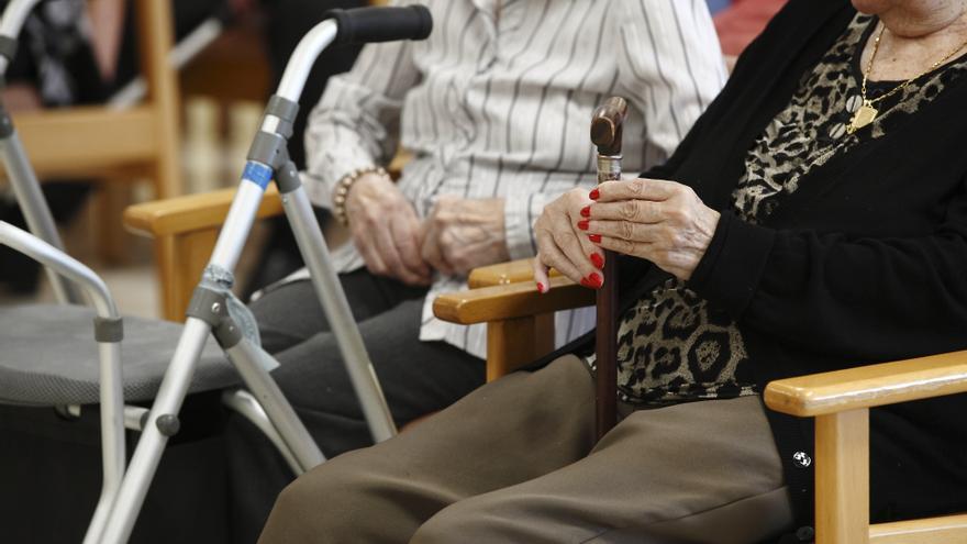 Personas mayores dependientes