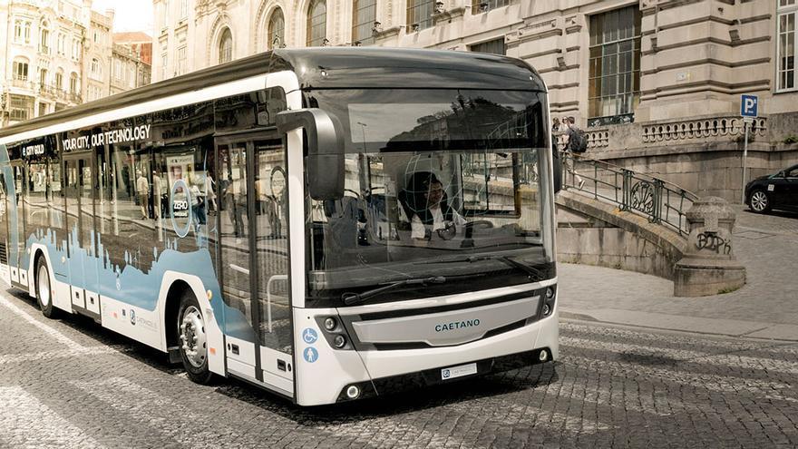 Autobús eléctrico e.CityGold Caetano