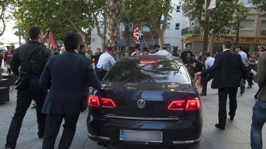 """Mossos y Policía se contradicen sobre el dispositivo en el """"escrache"""" a Montoro"""