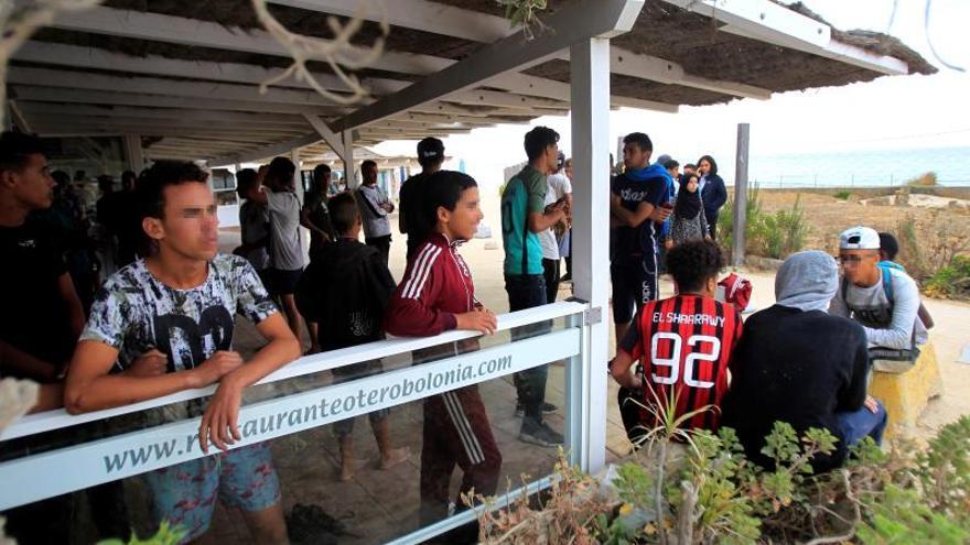 Rescatan a 309 inmigrantes en el Estrecho y 49 menores llegan a Tarifa (Cádiz)