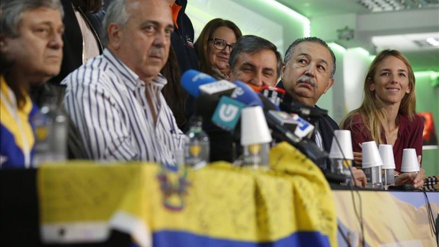 La oposición venezolana se plantea la revocación del presidente Maduro