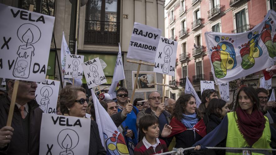Algunos manifestantes portaban pancartas en las que podía leerse 'Rajoy, traidor'. \ Juan Ramón Robles.