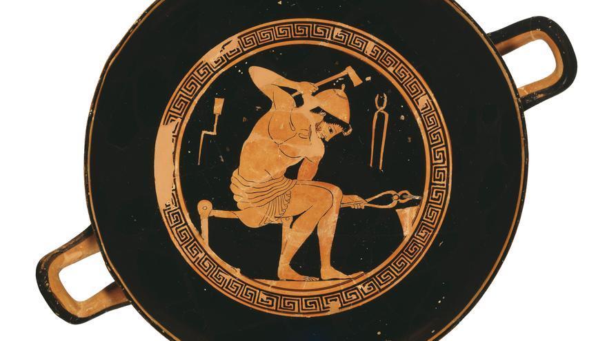 Herrero trabajando con herramientas. Kylix de figuras rojas (fin s. VI a.C.).