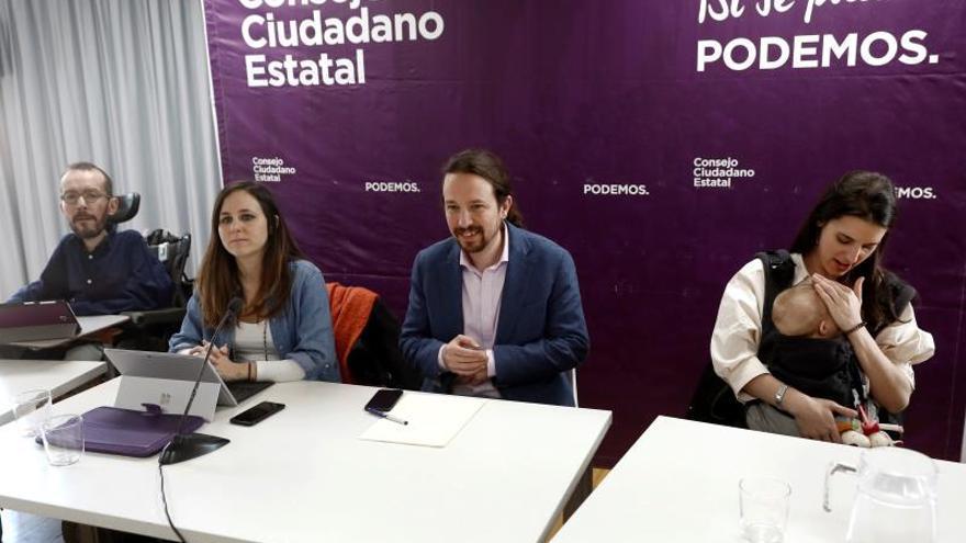 Pablo Echenique, Ione Belarra, Pablo Iglesias e Irene Montero en un Consejo Ciudadano de Podemos.