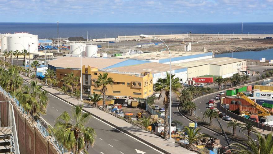Puerto de La Luz desde El Sebadal