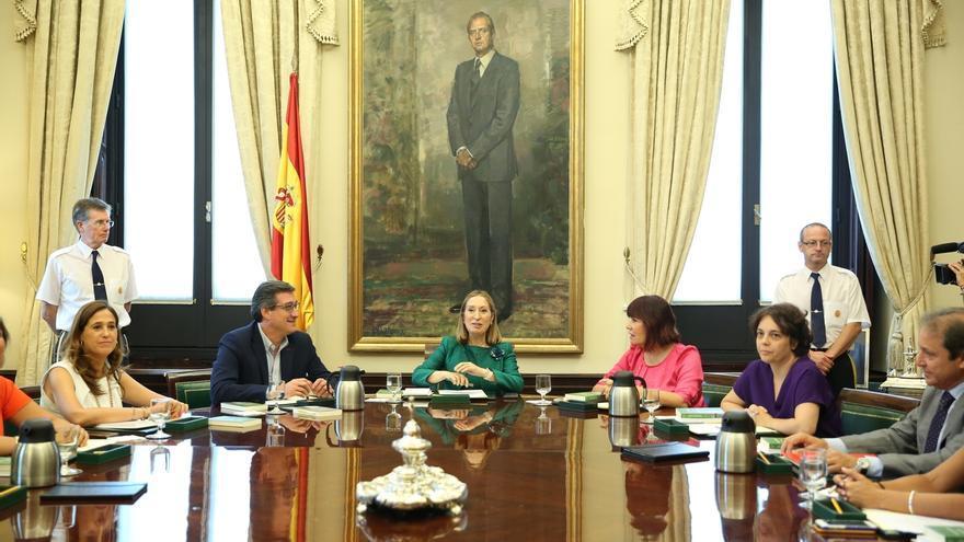 Ana Pastor desvincula la falta de aval al grupo de CDC de la decisión del Parlament de insistir en la ruptura