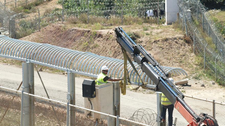 """El """"peine invertido"""" sustituye a las cuchillas de Ceuta y Melilla."""