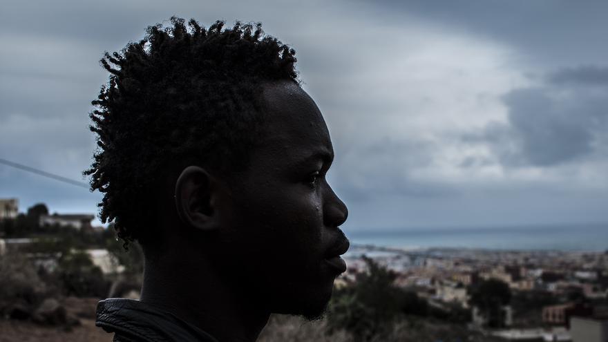 Esquizofrenia en la valla Melilla