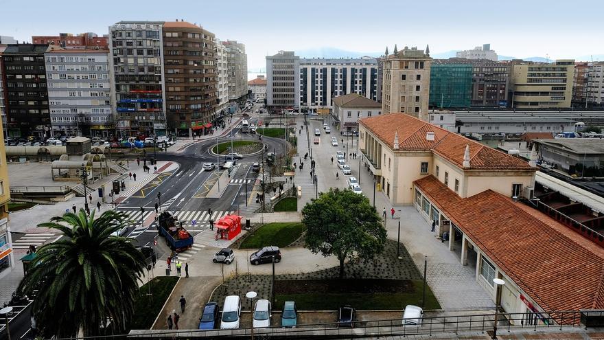 """Santander luce nueva Plaza de las Estaciones, """"más funcional"""" y con """"más seguridad"""" para peatones y vehículos"""