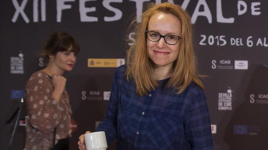 Lituana Alanté Kavaite presenta en Sevilla un amor de verano entre chicas