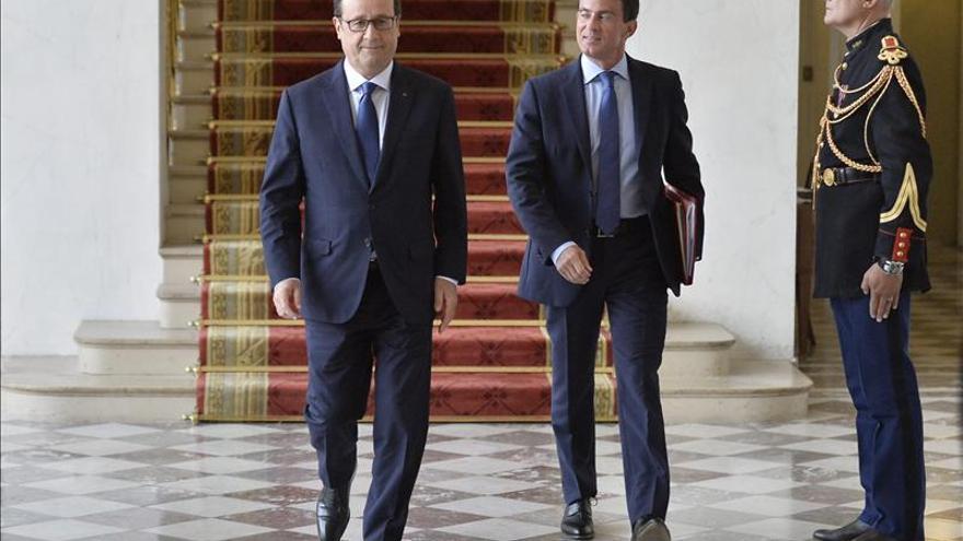 Manuel Valls y François Hollande. \ Efe