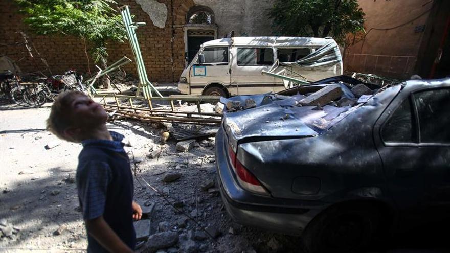 Al menos 5.857 muertos por bombardeos de la coalición contra el EI en Siria
