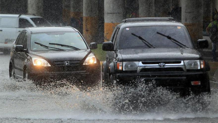 Alerta verde en tres provincias de Panamá por fuertes lluvias en el Caribe