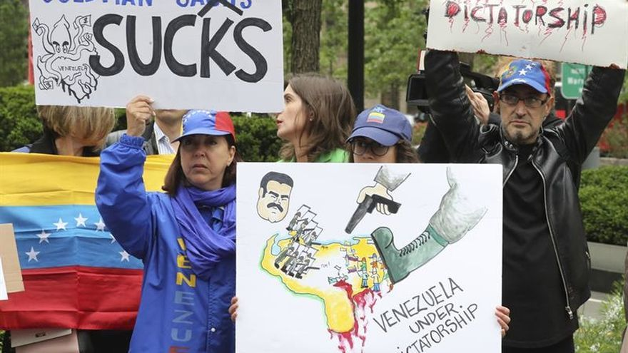 Goldman Sachs defiende la compra de bonos venezolanos pese a las críticas