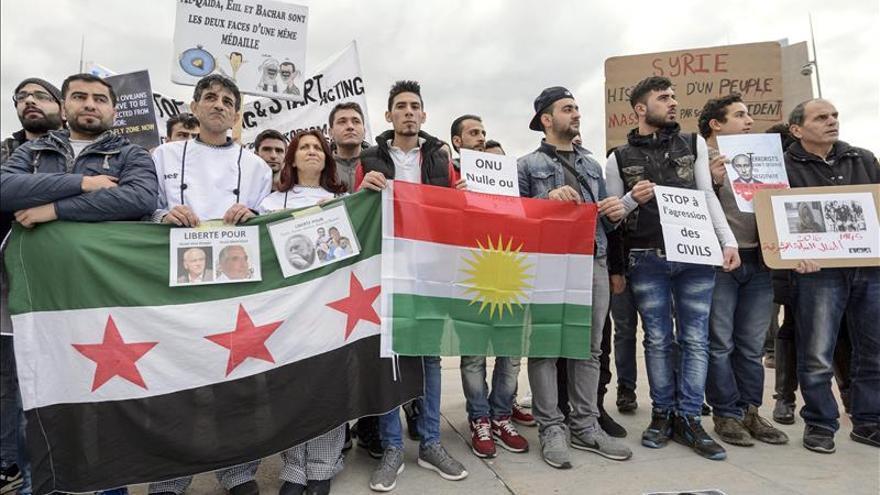La mayor coalición opositora siria viaja hoy a Ginebra para acudir a consultas