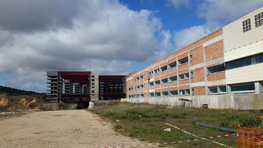 Nuevo hospital de Toledo, parte de atrás