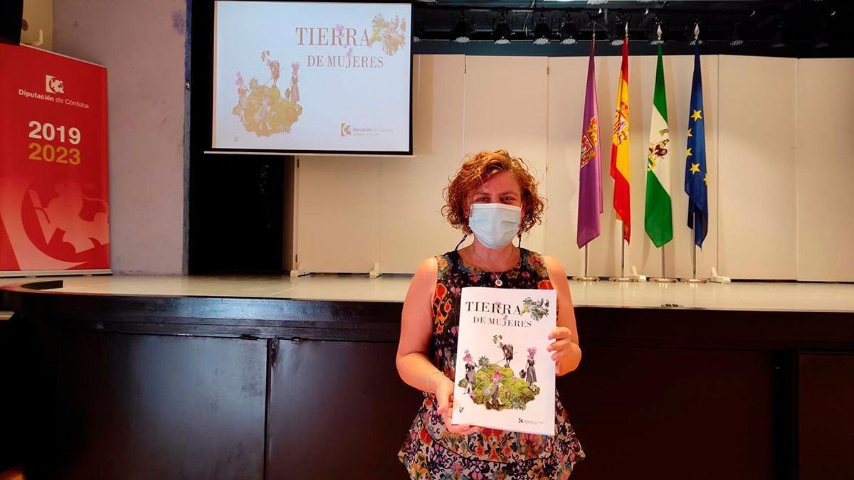 Alba Doblas presenta 'Tierra de Mujeres'.