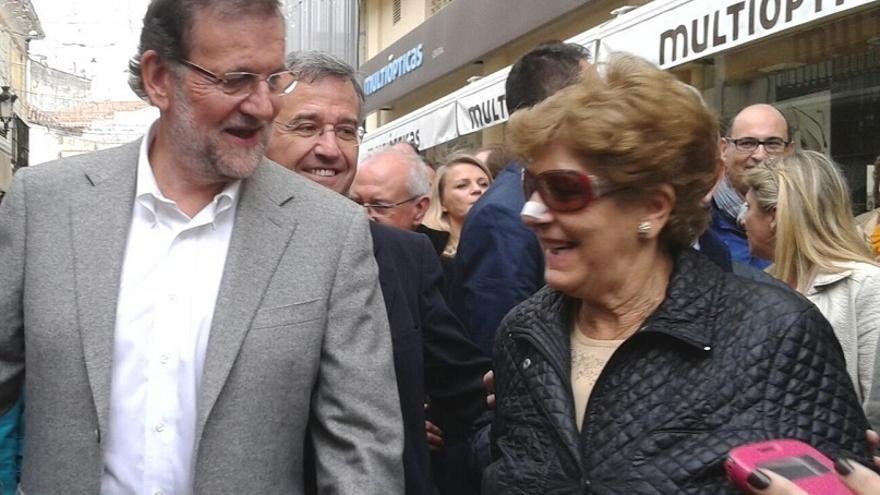 """Rajoy pide a los españoles que sean """"conscientes"""" de los pactos que """"algunos están preparando"""""""