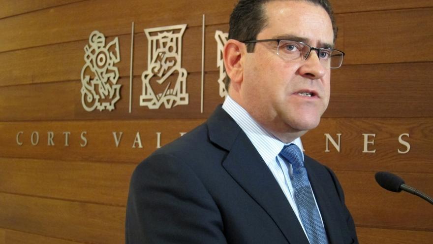 """Bellver (PP) cree que aunque la sentencia no sea firme Blasco """"debería devolver ya su acta"""" de diputado"""