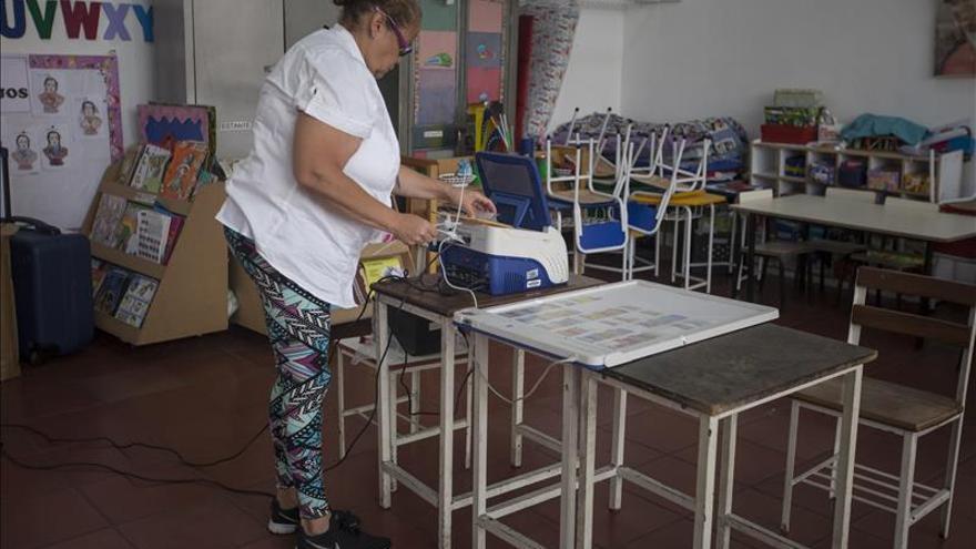 """Sistema electoral venezolano está """"blindado"""" contra """"hackers"""", dice Ceela"""