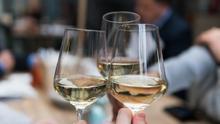 Diez ricos vinos blancos por menos de 15 euros para refrescar la desescalada