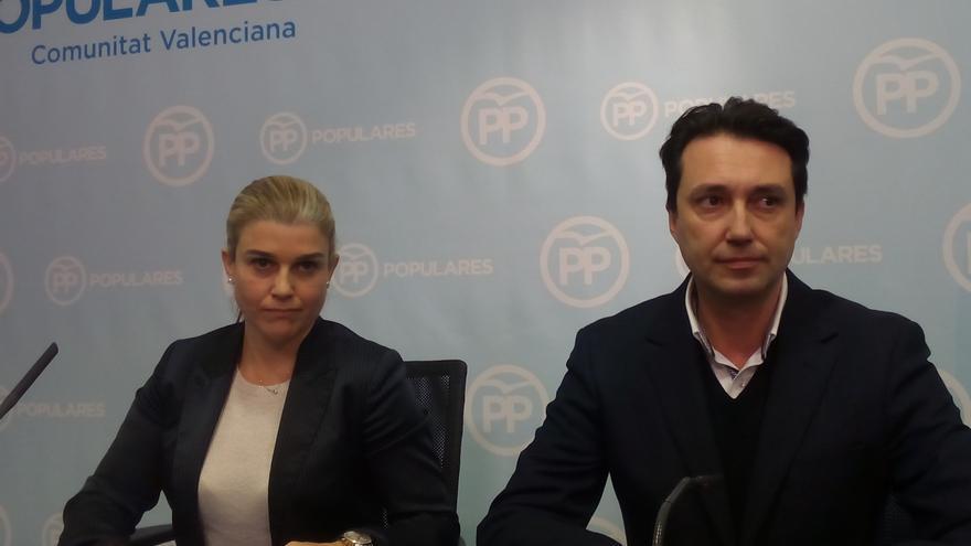 La secretaria general del PPCV, Eva Ortiz, y el presidente del PP provincial de Valencia, Vicente Betoret