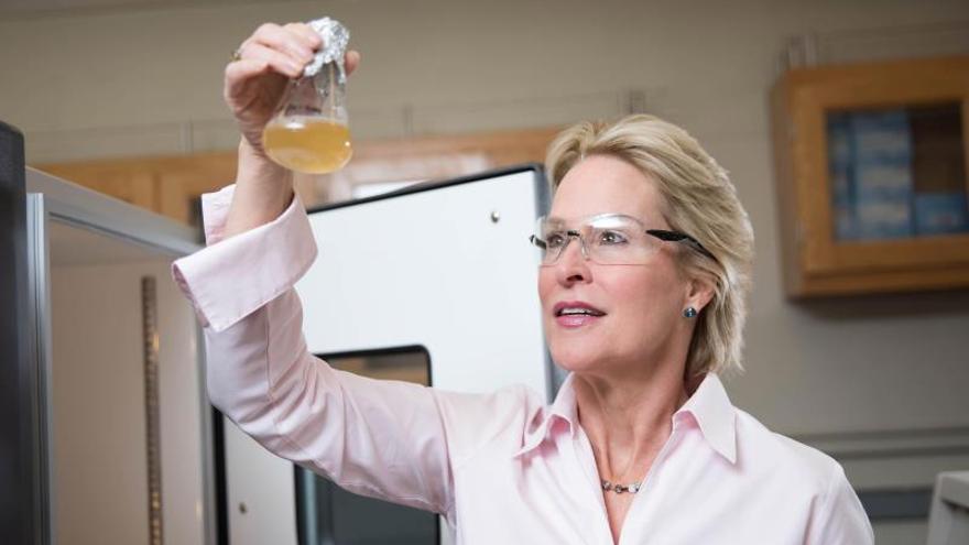 La estadounidense Frances H. Arnold, una de las ganadoras del Nobel de Química 2018