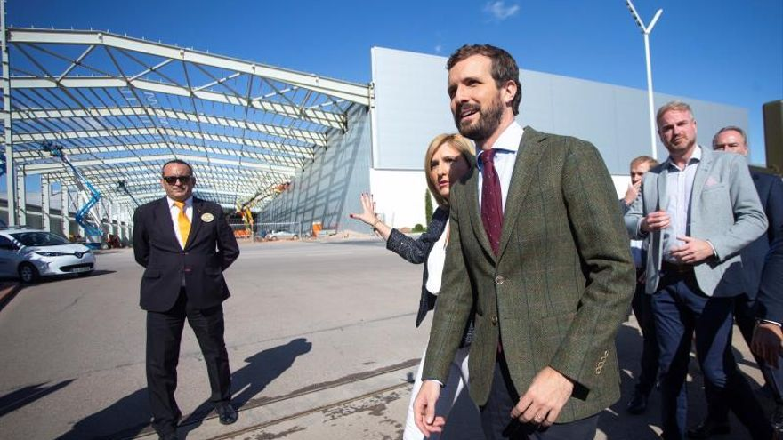 Pablo Casado durante su visita a Castellón.
