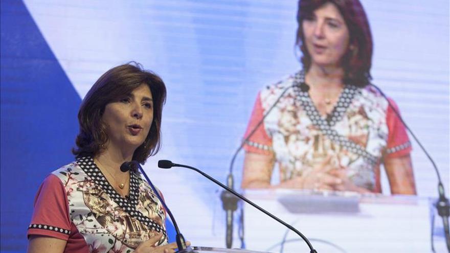 Holguín dice que la dilación del diálogo de paz preocupa a la comunidad internacional