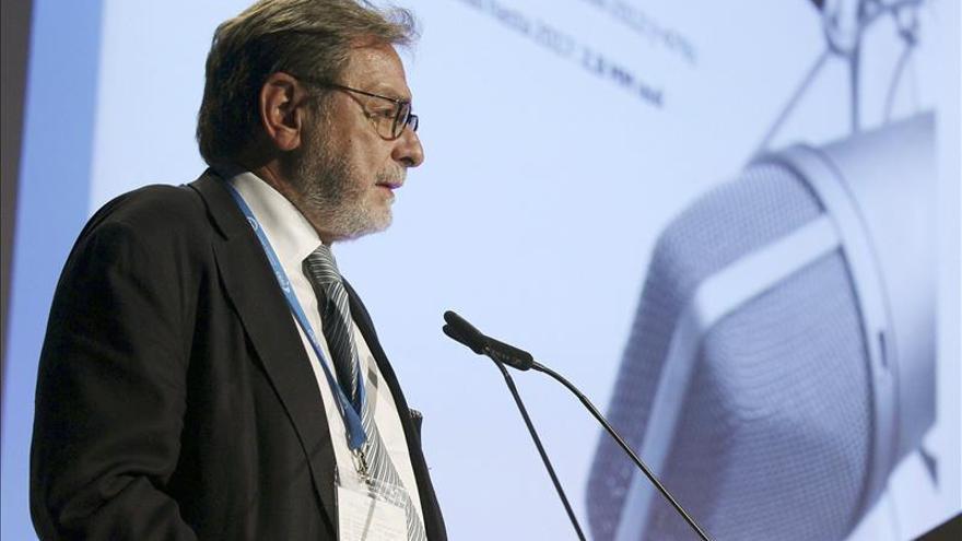 Cebrián y Polanco dejan el Consejo de Mediaset