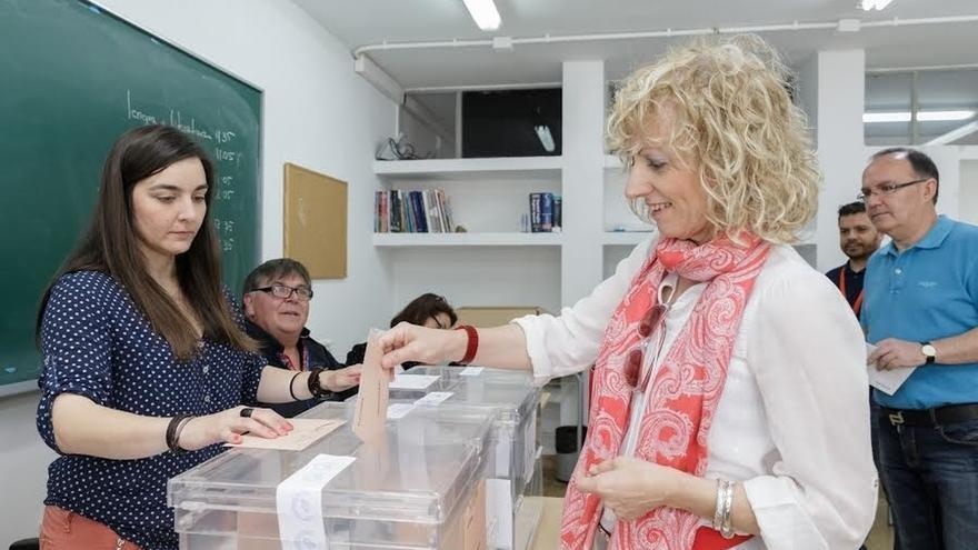 """Tezanos espera que se forme un gobierno """"de cambio"""" que dé """"un giro radical a España"""""""