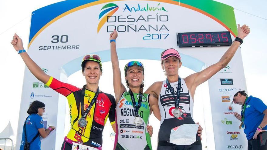 El podio femenino de la edición de 2017 del Desafío Doñana