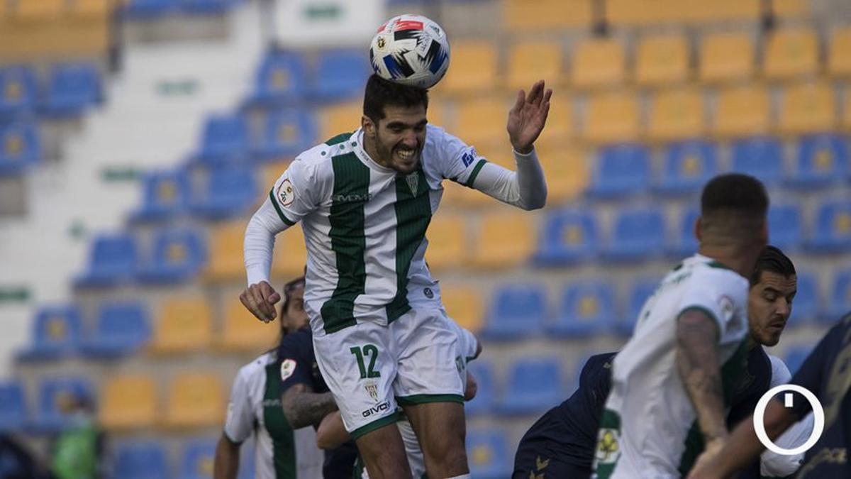 Bernardo, en el duelo con el UCAM en Murcia.