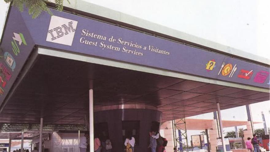 Los PINA llevaron a Sevilla muchos servicios de la web actual mediante pantallas táctiles, también muy novedosas (Imagen: Expo 92)