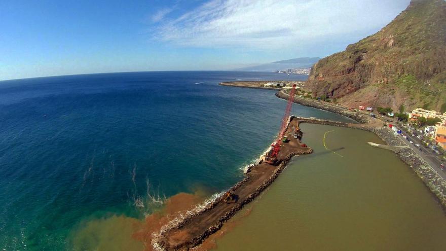 Espigón de San Andres, en Santa Cruz de Tenerife / Imagen de fotosaereasdecanarias.com