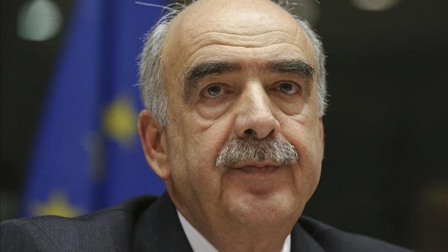 Los griegos confían más en el líder conservador que en Tsipras para gobernar el país