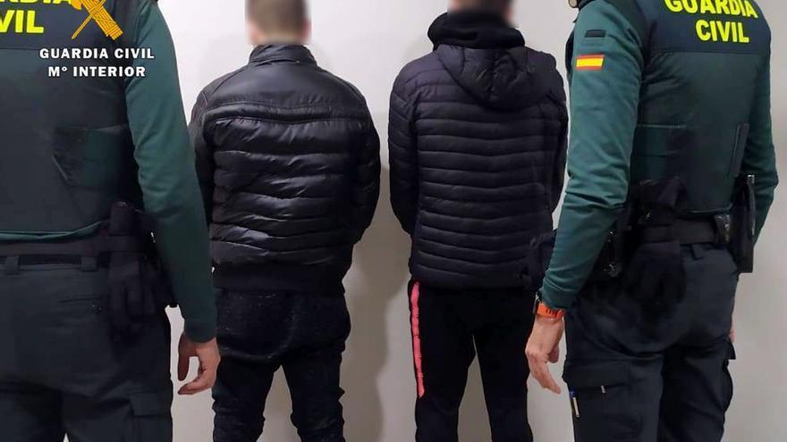Rdo. Nota De Prensa Guardia Civil (Detenidos Los Presuntos Autores De Al Menos 13 Robos En Trasteros Y Garajes De Muriedas)