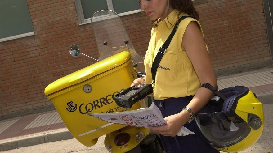 Correos recibe 116.000 solicitudes para su oferta de 2.295 nuevos empleos, cincuenta veces más