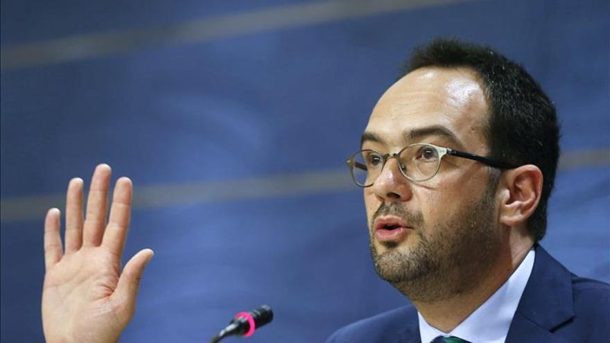El PSOE quita importancia al encuentro entre Zapatero e Iglesias