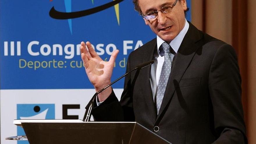 Alonso comparecerá en el Congreso sobre el caso de los menús en comedores escolares en Castilla y León
